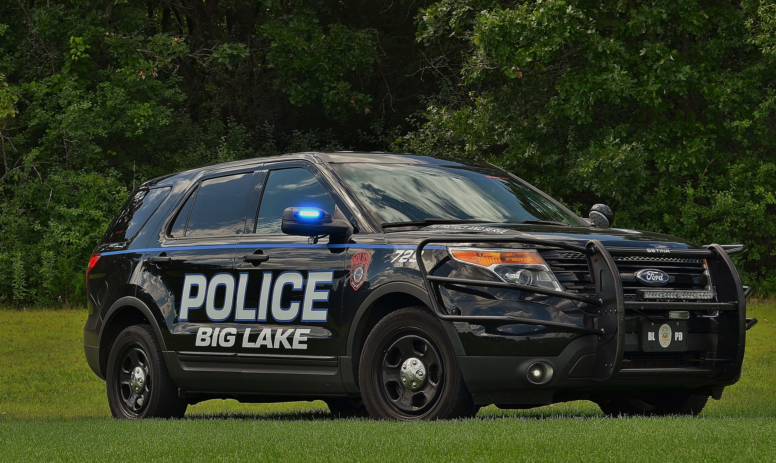 Police Car by a Lake 6